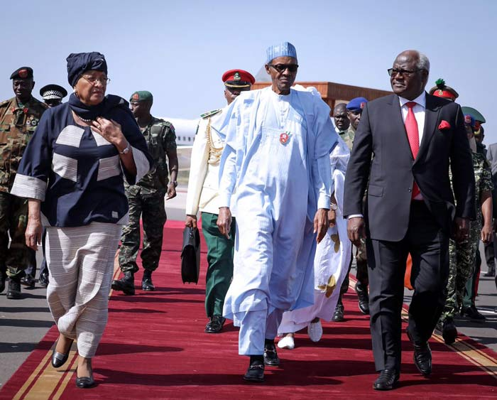West African Heads of States from Liberia, Nigeria, and Sierra Leone arrive in Banjul, The Gambia,13 Dec 2016.
