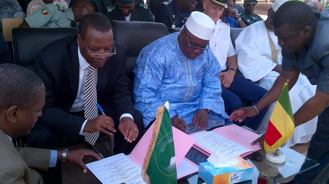 The AU donates 20 vehicles to the Malian Ministry of Interior and Security