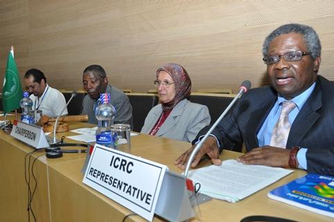 Mr. Vincent Ochilet Deputy Head of Delegation, ICRC addressing participants