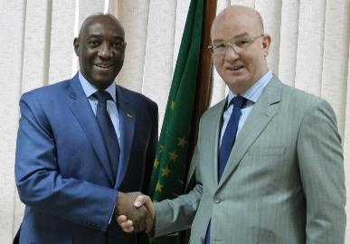 Commissioner for Peace and Security meets the Minister for Foreign Affairs and Cooperation of Mozambique