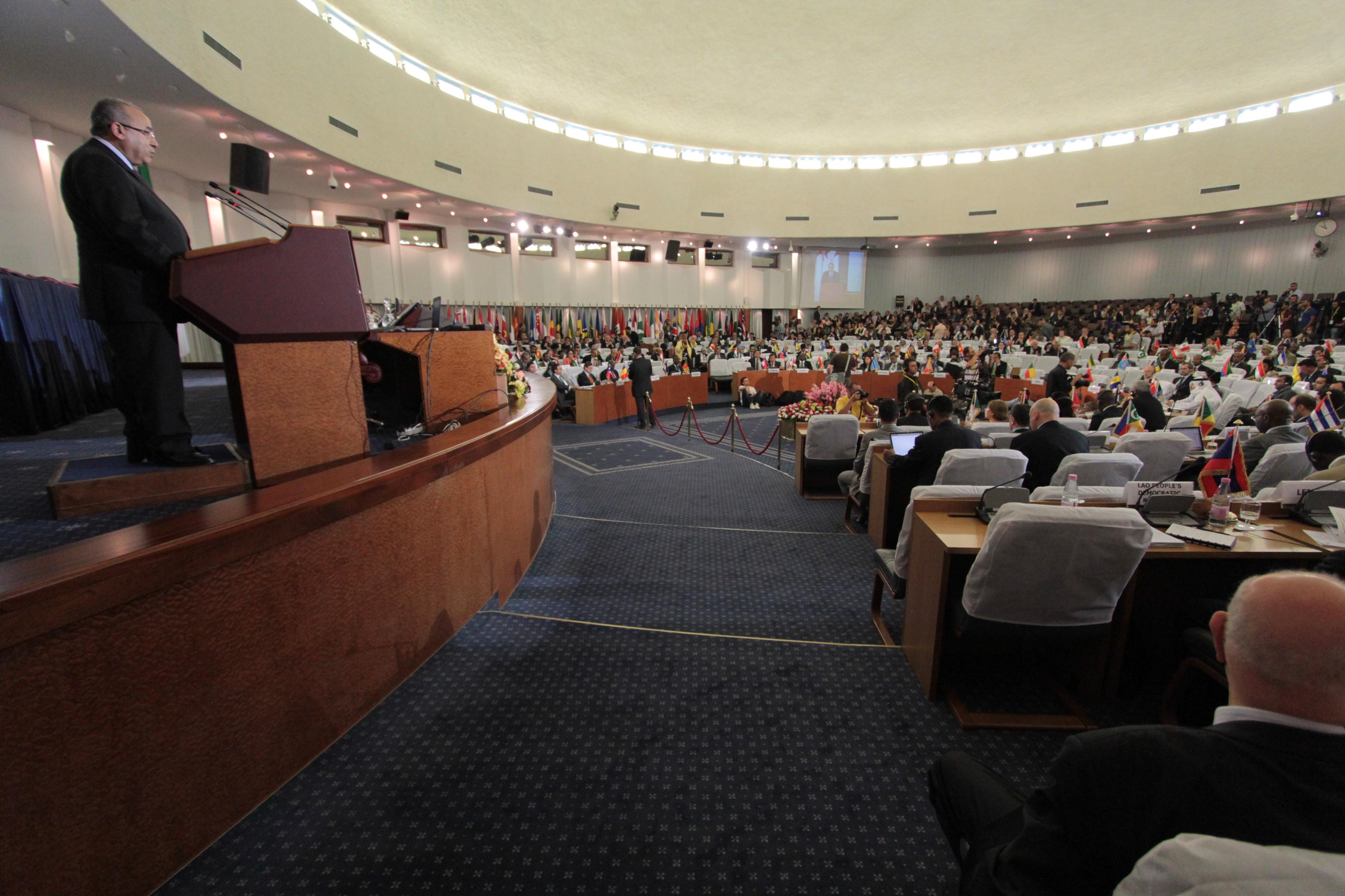 Lamamra: les non-alignés et le G77